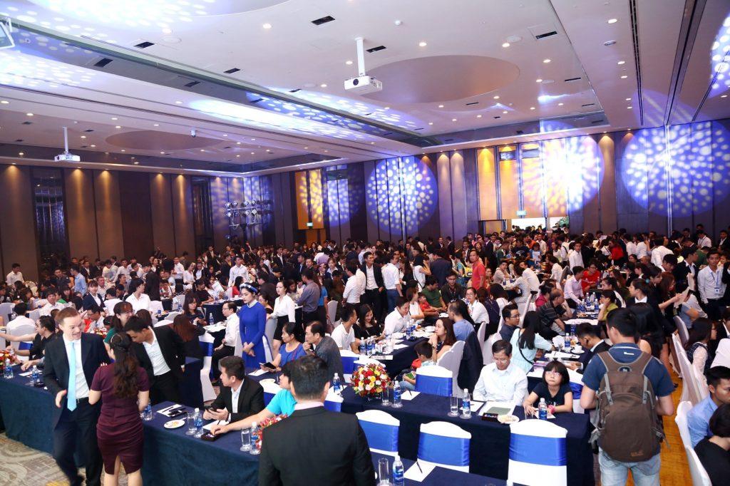 Khách hàng tham dự lễ mở bán dự án căn hộ Jamila Khang Điền
