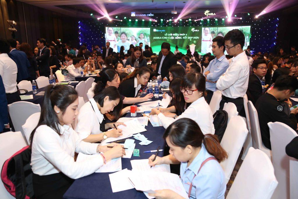 Số lượng khách hàng tham dự Lễ Giới thiệu Block A Dự án Jamila Khang Điền vượt dự kiến. Find Home