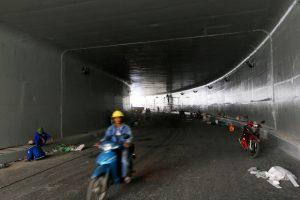 Phần hầm kín có chiều dài 80m, rộng 9m, chiều cao tĩnh không là 4,75m