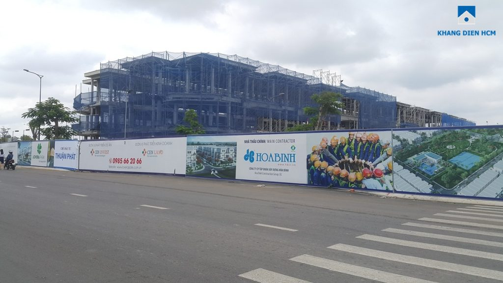Các căn nhà phố thuộc Block F Dự án Lovera Park Bình Chánh đã thi công xong phần kết cấu. Ảnh: Khang Điền HCM