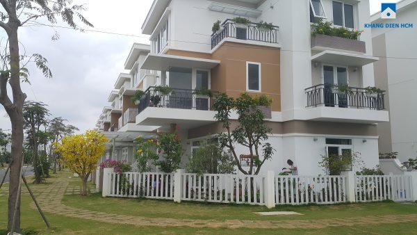 Bên ngoài mẫu nhà đã xây dựng tại Giai đoạn 1 & 2 dự án Lovera Park - Khang Điền HCM
