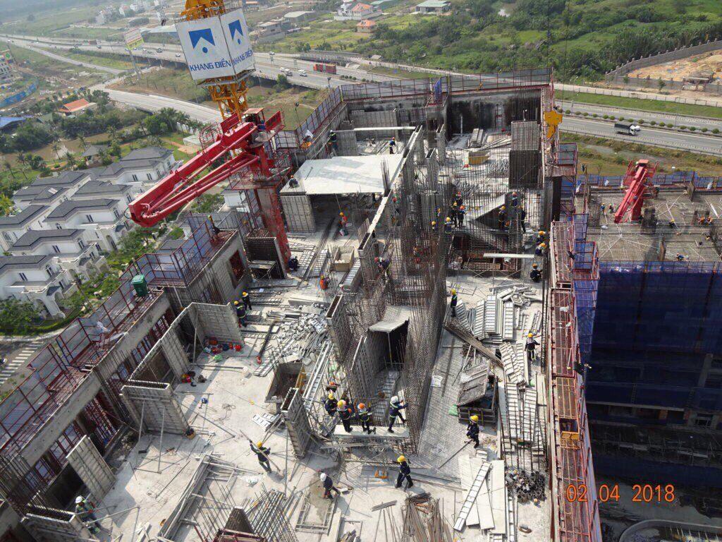 Block B nhìn từ trên cao nhà thầu Hòa Bình đang tích cực thi công cột, vách, dầm tầng 15-16 - Khang Điền HCM
