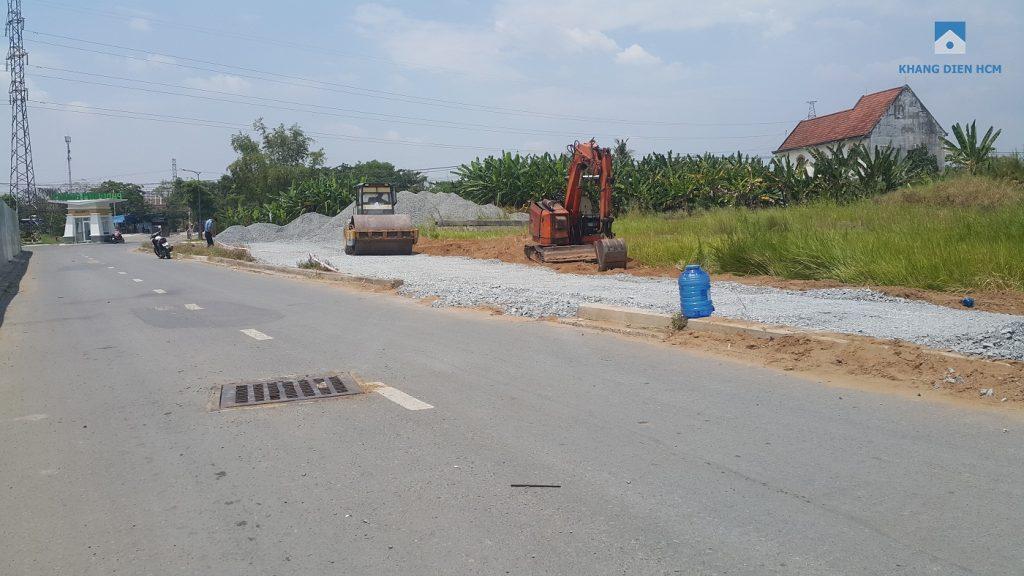 Đường Song hành đoạn đi ngang qua dự án Lovera Park đang được CĐT thì công mở rộng (lộ giới 52m) - Khang Điền HCM