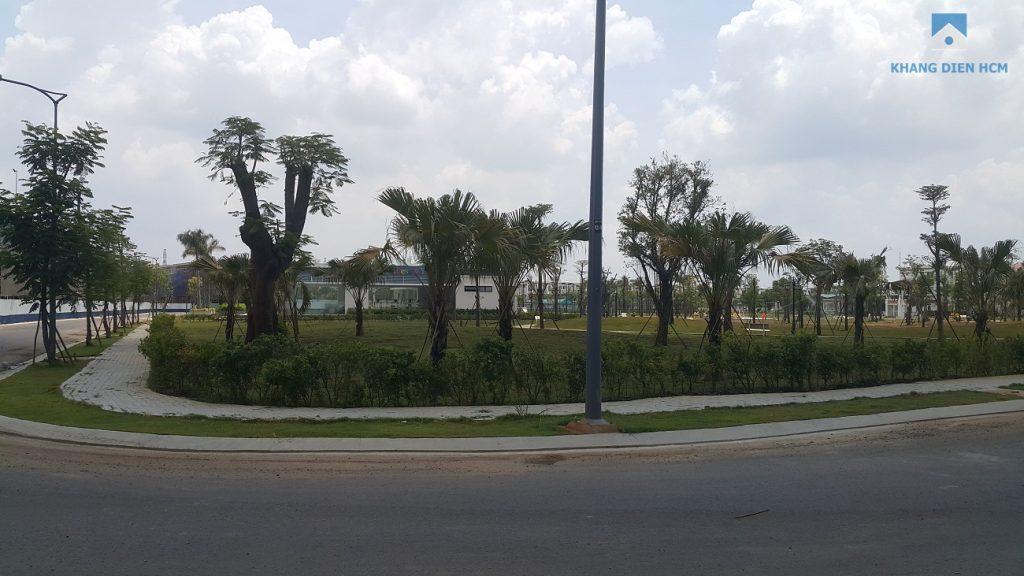 Công viên Khu 1 đã hoàn thiện và đang dần hình thành cảnh quan phục vụ cư dân. Khang Điền HCM