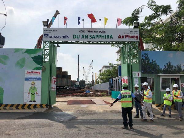 Cổng chính đi vào dự án căn hộ Sapphira Khang Điền - Khang Điền HCM