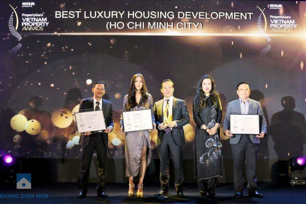 Đại diện các đơn vị nhận giải thưởng: Khang Điền - Capitaland - Kiến Á - Khang Điền HCM