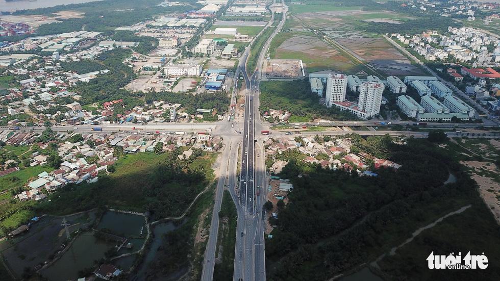Đường Vành Đai 2 (Võ Chí Công) hướng từ Quận 9 về Quận 7 - Khang Điền HCM