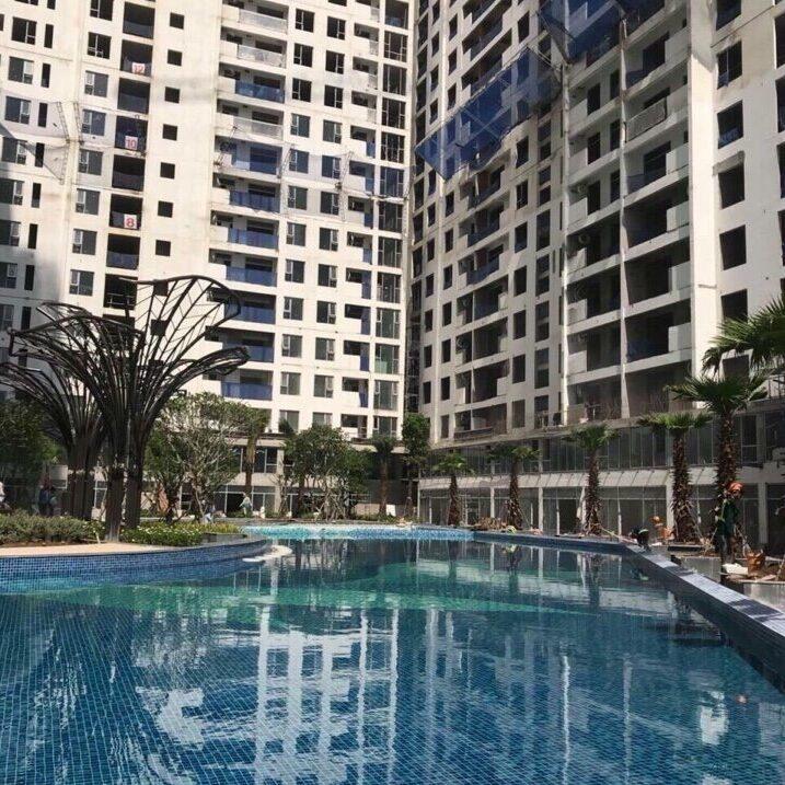 Hồ bơi dự án Jamila đã được hoàn thành và đang bơm nước để tiến hành kiểm tra những tiêu chuẩn kỉ thuật trước khi đưa vào sử dụng - Khang Điền HCM