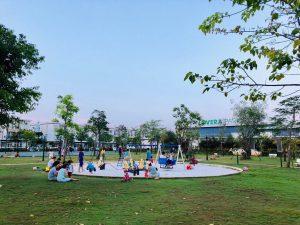 Sân chơi trẻ em vào một buổi chiều tại dự án Lovera Park Bình Chánh - Khang Điền HCM