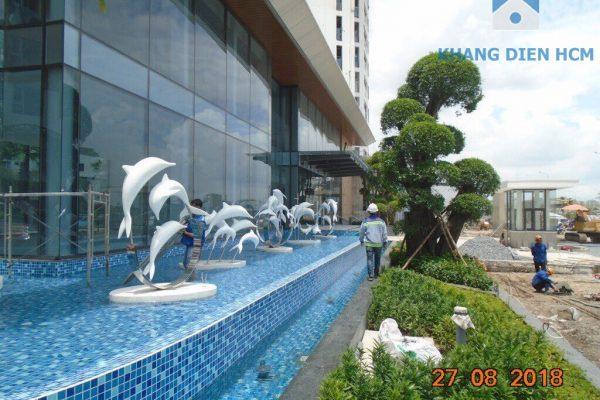 Đài phun nước ngay tại nhà điều hành dự án Jamila tạo cảm giác xanh mát khi cư dân đi vào khu căn hộ - Khang Điền HCM