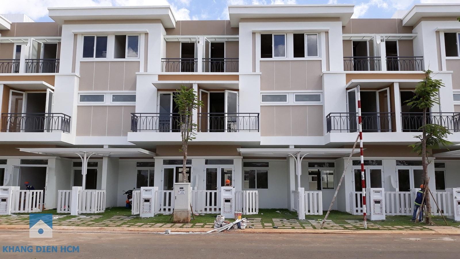 Hình chụp thực tế 2 căn nhà liên tiếp trong dự án Lovera Park - Khang Điền HCM