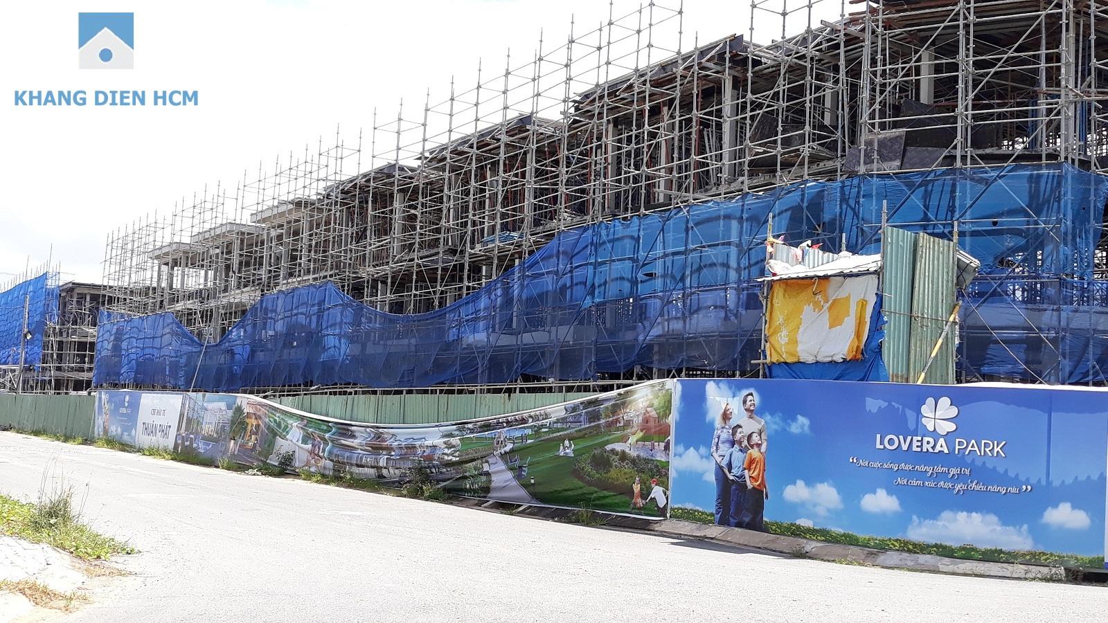 Một phần Block M&N mặt tiền đường D11 đã đỗ xong tầng mái - Khang Điền HCM
