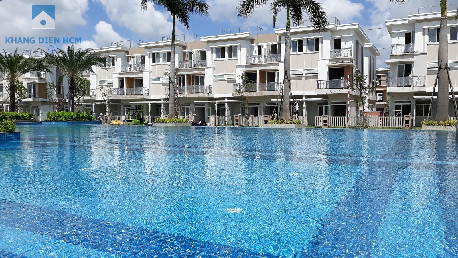 Hồ bơi phục vụ cho cư dân tại Khu 1 bao gồm các dãy A,B,C,D,E,F,G đã hoàn thiện - Khang Điền HCM