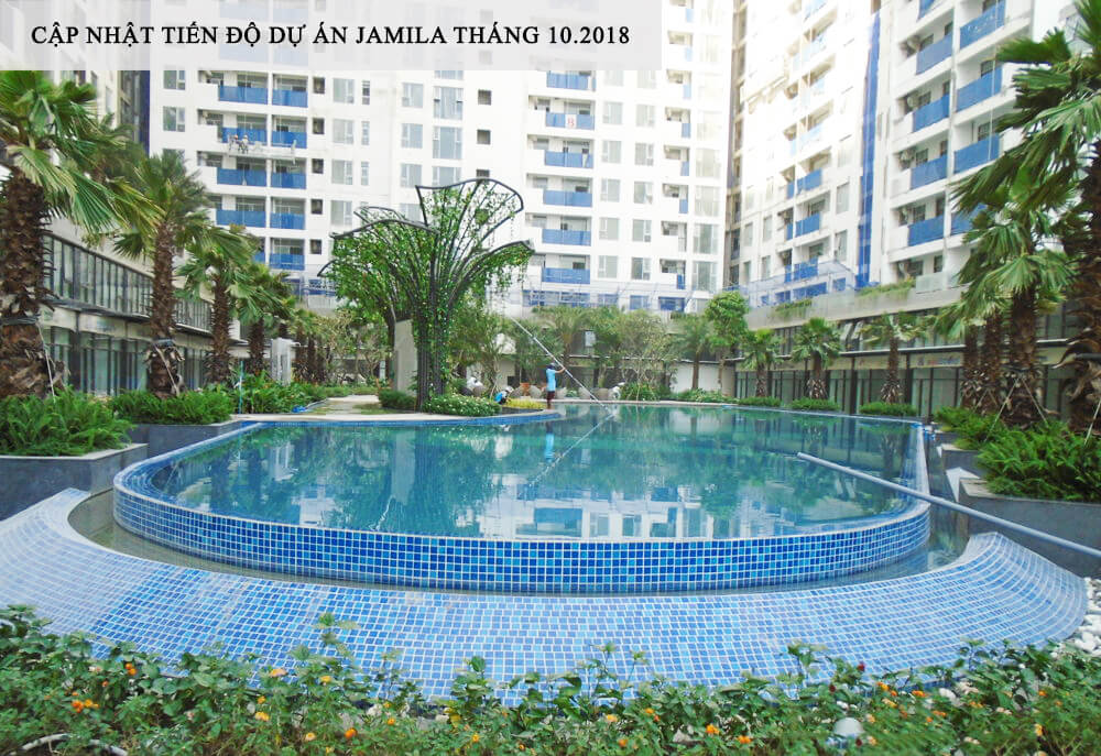 Hồ bơi tại dự án Jamila đang tiến hành thay nước và khử mùi để đón những cư dân đầu tiên về sinh sống - Khang Điền HCM