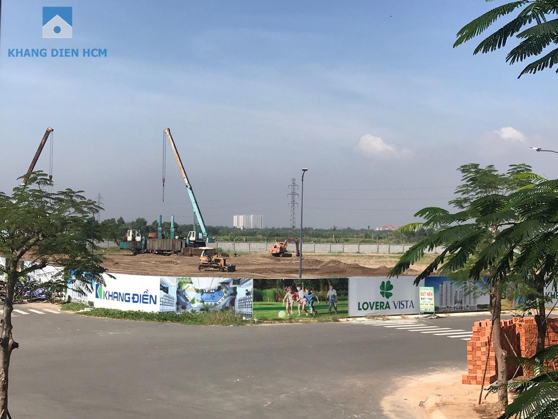 Được khởi công từ tháng 07/2018 hiện tại dự án đã xong ép cọc thử tải và đang tiến hành đổ đất để nâng nền của dự án - Khang Điền HCM