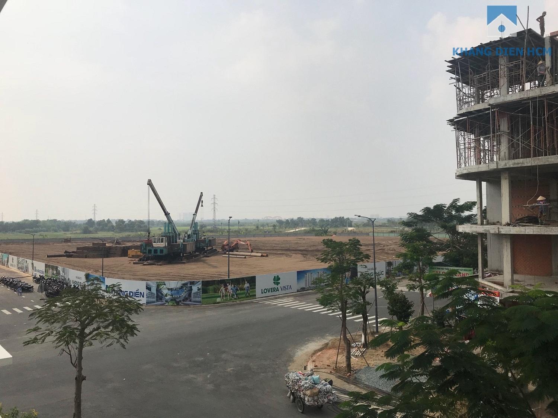 Xung quanh dự án Lovera Vista là khu nhà liên kế 2 - 4 lầu nên tất cả các view của dự án sẽ thông thoáng - Khang Điền HCM