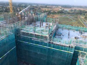 Block D đang tiến hành thi công lắp dựng cốt thép cột vách tầng 9-10 - Khang Điền HCM