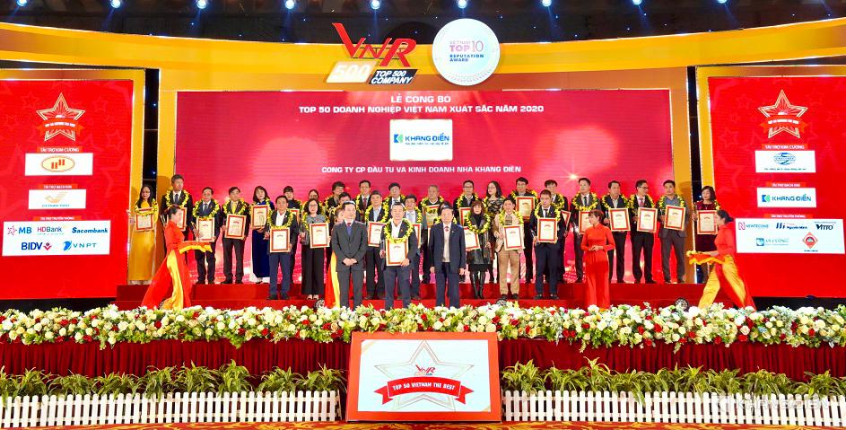 Đại diện các Công ty nhận giải 50 doanh nghiệp xuất sắc năm 2020 - Khang Điền HCM