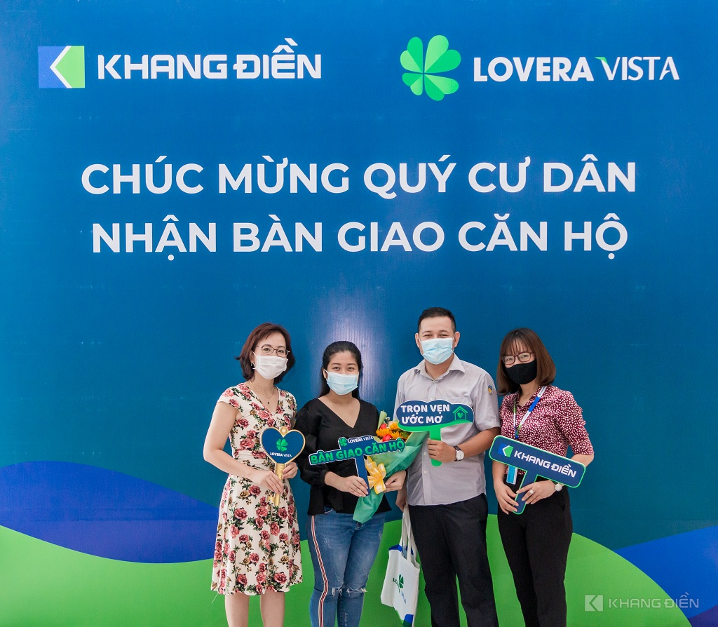 Những cư dân đầu tiên nhận bàn giao căn hộ Lovera Vista Bình Chánh - Khang Điền HCM