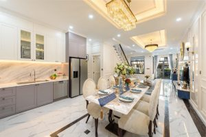Phòng Ăn và Bếp một căn biệt thự đã hoàn thiện tại Verosa Park Khang Điền Thành Phố Thủ Đức - Khang Điền HCM