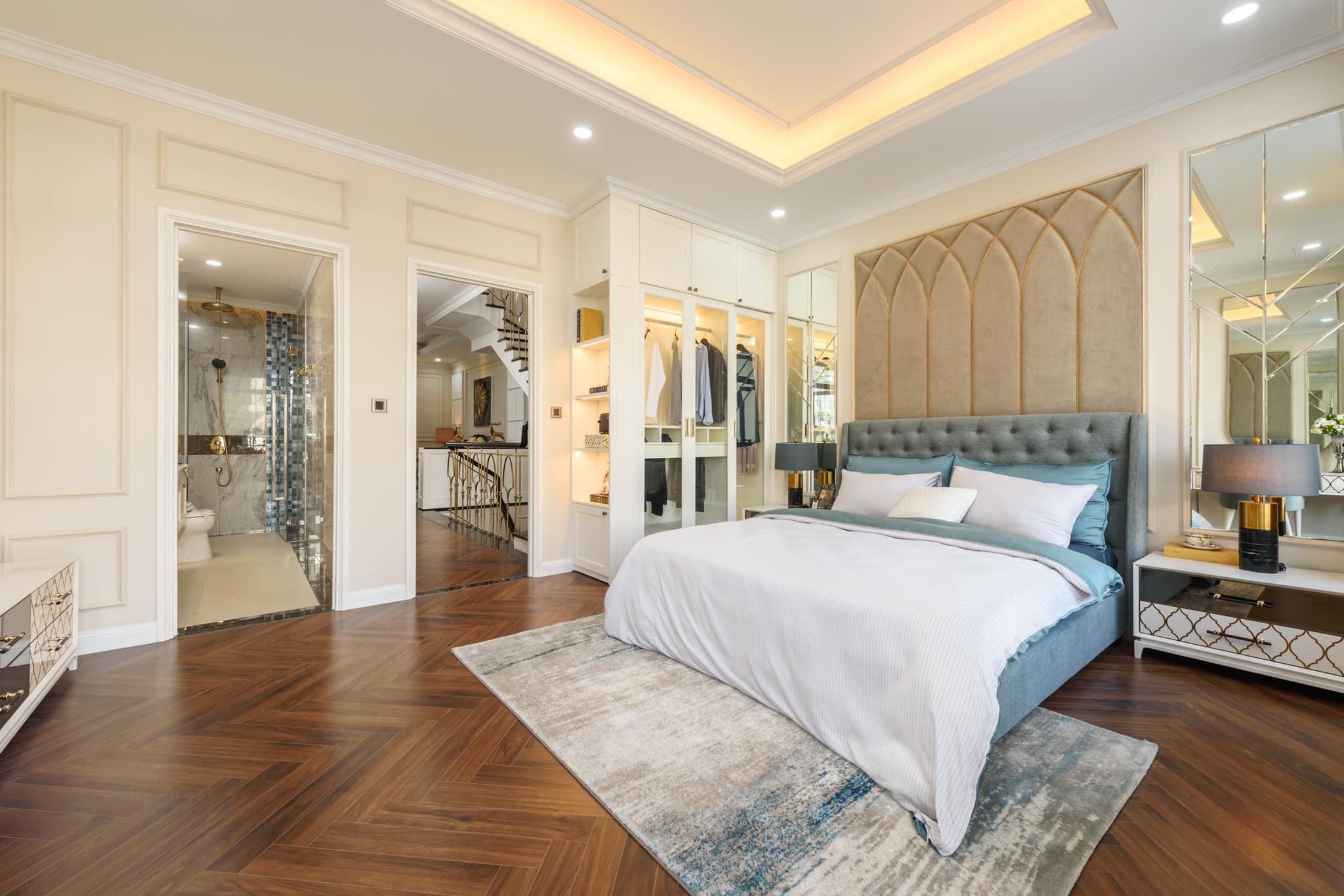 Phòng Ngủ Master được Gia chủ lựa chon gam màu sáng và được hoàn thiện rất bài bản - Khang Điền HCM